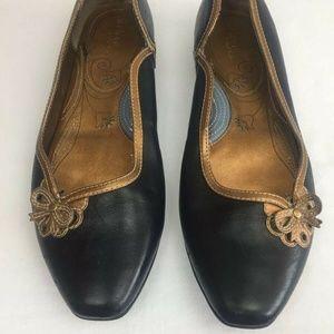 Clarks Indigo Black Leather Slip On Gold Trim Flat